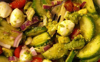 Groene salade met pesto dressing